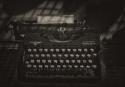 13-MJ-A-M4-Della Busca Carlos-Maquina de escribir
