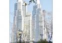 005-035 - Sordoni Monica-Sombrero y rascacielos