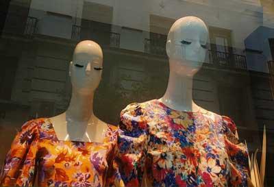 """foto: Mirta Palonimo - """"En la vidriera"""""""